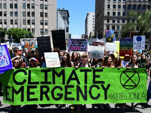 'Climate Emergency' Is Oxford Dictionaries' Word of the Year