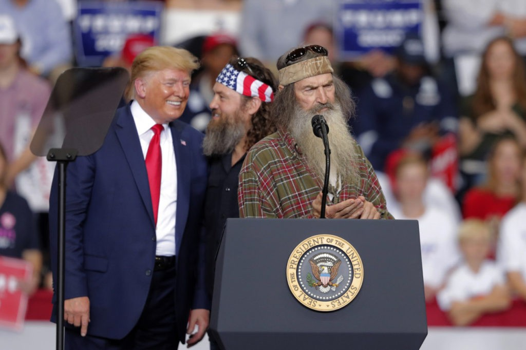 Donald Trump Surprises Louisiana Rally with Duck Dynasty Stars Phil and Willie Robertson