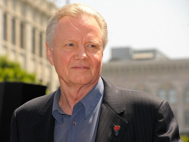 Trump to Award Jon Voight with National Medal of Arts