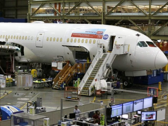 Boeing Whistleblower: 787 Dreamliner Could Leave Passengers Without Oxygen in Emergency